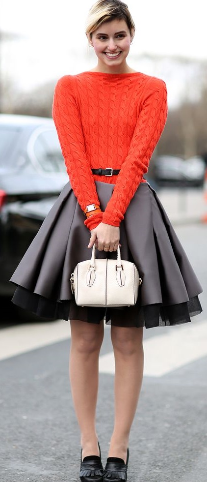 POPULAR STYLES OF SKIRTS THAT YOU MUST TRY