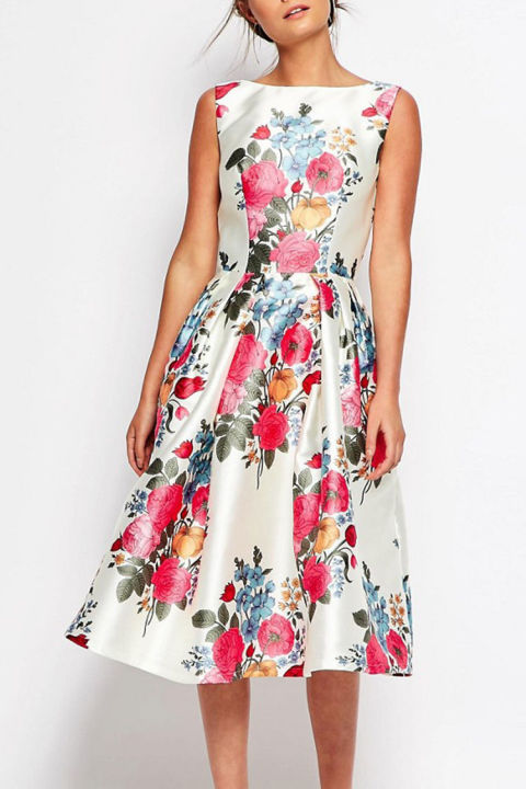 gallery-1461858166-chi-chi-london-floral-midi-dress
